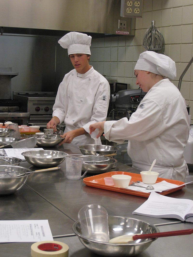 what jobs can you get with a culinary arts degree