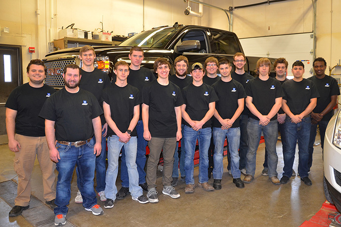 DMACC Students in front of 2015 Denali
