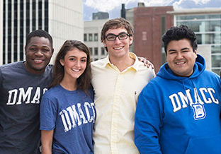 Smiling DMACC Students